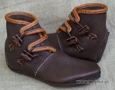 bury wikinskie: Viking Boots, Polish maker/ vendor.