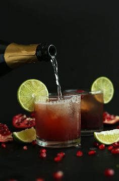 AMAZING Bubbly Sparkling Pomegranate Margaritas! Tart, sweet, bubbly and perfect for New Year's Eve!