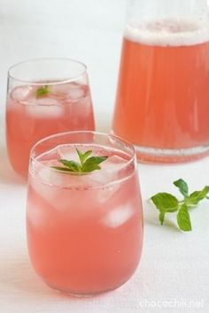 raparperijuoma on Chocochili Sangria, Ios App, Finnish Recipes, Party Punch Recipes, Rum, Good Food, Yummy Food, Rhubarb Recipes, Wine Drinks