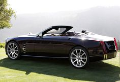 Cadillac XLR Roadster concept.  XLR model stopped being produced after 2009 model year.  Too bad..
