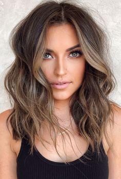 Medium Hair Styles, Short Hair Styles, Short Wavy Hair, Hair Color Caramel, Chocolate Caramel Hair, Brown Hair Caramel Balayage, Chocolate Brunette Hair, Light Chocolate Brown Hair, Gorgeous Hair Color