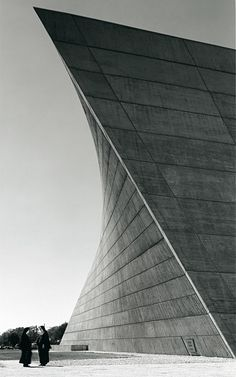 archilista:    ro-w:  marcel breuer's saint francis de sales church, muskegon, michigan