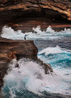 Fishing on Oahu by Stuck in Customs, via Flickr