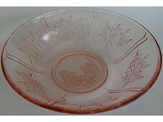 """Federal Pink Depression Glass Sharon Cabbage Rose 8 & 1/2"""" Serving Bowl"""