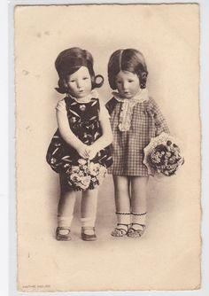 vintage 1930s KATHE KRUSE Doll postcard Flower Girls (L208)