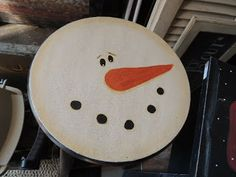 Snowman stool, perfect for your kitchen from #www.mysparetimedesigns.com