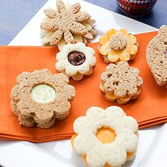 Picnic food kids will love: Sandwich bouquets.