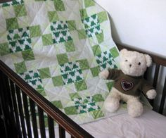 Frog in Dots - a handmade baby quilt for boys and girls
