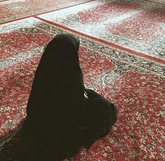 Hijab Niqab, Muslim Hijab, Mode Hijab, Arab Girls, Muslim Girls, Muslim Couples, Girls Dp, Hijabi Girl, Girl Hijab