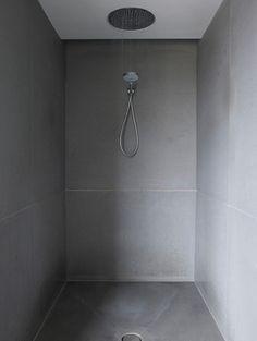 Private Residence, Belgravia by Found Associates Concrete Bathroom, Wet Rooms, Modern Bathroom, Architecture Design, Bathtub, How To Plan, Shower, Interior Design, Standing Bath