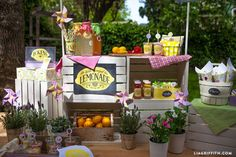Build a Lemonade Stand by lia griffith | Project | Home Decor | Papercraft / Kids & Baby | Cards & Stationery | Kollabora