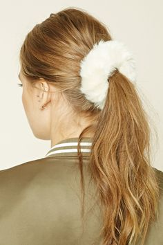 Forever 21 is the authority on fashion & the go-to retailer for the latest trends, styles & the hottest deals. Scrunchies, Ponytail Scrunchie, Shop Forever, Forever 21, Grey Hair Inspiration, Curly Girl, Ponytail Hairstyles, Hair Ties, Hair Band
