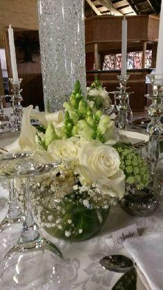 Flower Decorations, Table Decorations, Square Tables, Color Pallets, White Flowers, Wedding Planner, Table Settings, Home Decor, Color Palettes