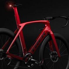 The design story behind the 2019 Trek Madone SLR - Bicycle Paint Job, Bicycle Painting, Road Cycling, Cycling Bikes, Cycling Art, Cycling Jerseys, Trek Madone, Trek Bikes, Bicycle Maintenance