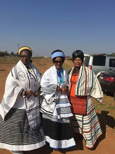 Xhosa traditional attire is another stripe of glory in Africa in addition to the world's fashion industry. Like existing popular African prints African Dresses For Women, African Fashion Dresses, African Women, Xhosa Attire, African Attire, Traditional African Clothing, Traditional Outfits, African Print Skirt, African Inspired Fashion