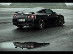 Nissan GT-R black edition 2009