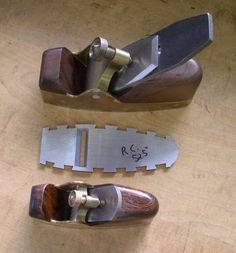 Woodworking Hand Planes, Woodworking Tools, New Technology Gadgets, Wood Plane, All Tools, Antique Tools, Wood Tools, Knife Block, Blacksmithing