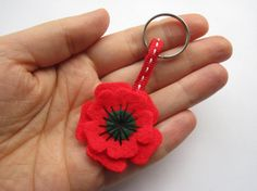 Small Poppy Keyring Felt Flower Remembrance Day by GracesFavours