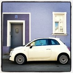 Just like a painting, with an elegance of purple and brightness of white. #ColourTherapy of #Fiat500
