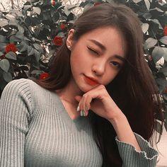 -ˏˋ 💋 ˊˎ- ➷ulzzang ღ girls➶ Korean Makeup, Korean Beauty, Asian Beauty, Pretty Girls, Cute Girls, Pretty Asian Girl, Pretty People, Beautiful People, Ulzzang Korean Girl