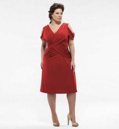 Büyük beden kırmızı ipek kokteyl elbisesi