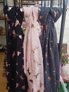 Modest Fashion, Hijab Fashion, Fashion Outfits, Scarf Outfit Summer, Embroidery Scarf, Hijab Ideas, Modele Hijab, Fancy Dress Design, Abaya Designs