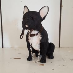 BLACK & WHITE FRENCH BULLDOG WALKIES DOG ORNAMENT GIFT BOXED