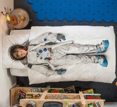 Fun kids bedding Astronaut