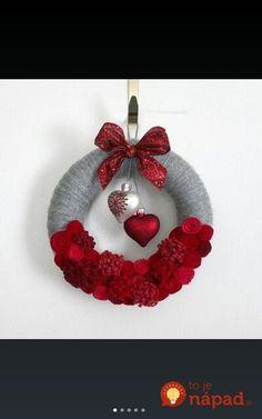 Hearts Wreath, Red and Gray Valentine Wreath, Love Wreath, Small 10 inch size, Red and Gray Wreath - Ready to Ship Valentine Day Wreaths, Valentine Day Crafts, Valentine Decorations, Holiday Wreaths, Holiday Crafts, Christmas Decorations, Christmas Ornaments, Printable Valentine, Xmas