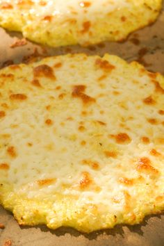 Cauliflower Based Flatbread No flour, no carbs!goingcavewoma… Cauliflower Based Flatbread No flour, no carbs! Bariatric Recipes, Diabetic Recipes, Low Carb Recipes, Diet Recipes, Vegetarian Recipes, Cooking Recipes, Healthy Recipes, Bariatric Eating, Atkins Recipes