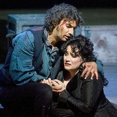 Jonas Kaufmann and Patricia Racette plays Tosca.