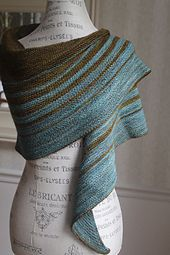 Cozy crescent shape shawl with dynamically evolving stripe sequence. What's your color combo?