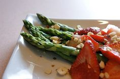 Asparagus with White Balsamic Strawberries &  Toasted Hazelnuts