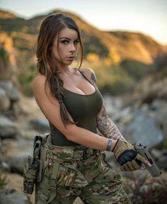 guns, cars, women, whatever else i like *can be nsfw* Military Girl, Military Women, Military Female, Female Soldier, Army Soldier, Warrior Girl, Mädchen In Bikinis, Girls Uniforms, Girls Dpz