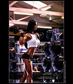 IFBB Figure Champion & Fitness Model Rach White Talks With Simplyshredded.com