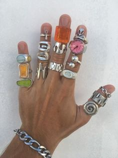Hippie Jewelry, Cute Jewelry, Jewelry Accessories, Jewlery, Funky Jewelry, Hand Jewelry, Grunge Goth, Hipster Grunge, Street Style Vintage