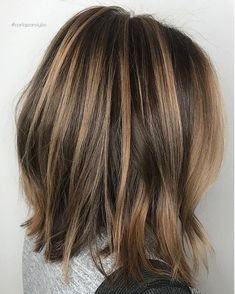 Long Wavy Ash-Brown Balayage - 20 Light Brown Hair Color Ideas for Your New Look - The Trending Hairstyle Brown Hair Balayage, Balayage Brunette, Hair Color Balayage, Hair Highlights, Ombre Hair, Balayage On Short Hair, Bob With Highlights, Ombre Medium Hair, Short Brown Hair With Blonde Highlights