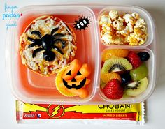 I pack my son a fresh school lunch every day. Each Friday, I pick one lunch from the week to share with you- the Friday Featured Lunch. These featured lunches are meant to give you inspiration of new things to make and try with your kids. Plus, all f