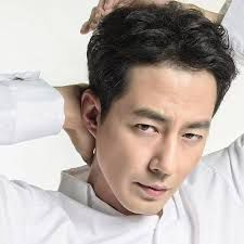 Korean Box Office for the Weekend ~ Korean Box Office for the Weekend ~ The number one movie this week is The Great Battle (안시성) Korean Box Office - Admissions for the Weekend - (www. Jo In Sung, 2018 Movies, Korean Actors, I Movie, Eye Candy, Singing, Asian Beauty, Wattpad, Winter