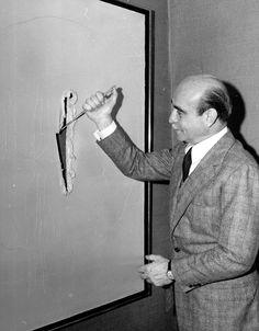"""LUCIO FONTANTA, 1899 - 1968, """"Concetto spaziale. Attesa"""" #museonovecento #arte #firenze #luciofontana"""