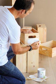 Cómo pintar muebles antiguos, modernos, de madera... Chalk Paint, Ideas Para, Interior Design, Painting, Paint Wood Furniture, Antique Painted Furniture, Natural Wood Furniture, Acrylic Paintings, Wood Staircase