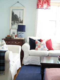 Favorite Paint Colors: Morning Jog by Valspar possible entryway color? Like the addition of red with the light blue