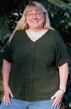 Maureen's Cabled Tee Project for the plus size ladies