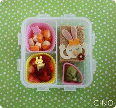 Gorgeous way to get the kids to eat! Bentos Boxes