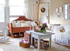 Talonpoikaisromanttinen olohuone rivitalossa   Unelmien Talo&Koti