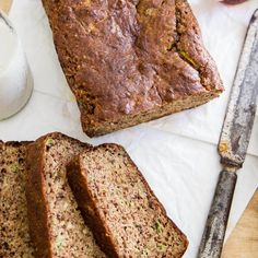 This paleo almond zucchini bread is slightly crunchy on the outside and super… Zucchini Banana Bread, Zucchini Bread Recipes, Paleo Bread, Bread Baking, Zucchini Muffins, Baking Soda, Yeast Free Breads, Grain Free Bread, Healthy Dessert Recipes