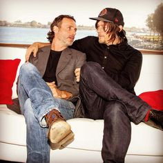 """""""The Walking Dead's Lincoln and Reedus find some bro-time. Daryl And Rick, Rick Y, Walking Dead Cast, Fear The Walking Dead, Andy Lincoln, Vs Fashion Shows, Dead To Me, Stuff And Thangs, Rick Grimes"""