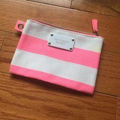Victoria's Secret Pink Cosmetic Bag new Victoria's Secret Bags Cosmetic Bags & Cases