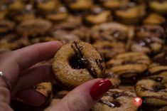 Medovo-orechové kolieska Organic Matter, Bagel, Christmas Cookies, Muffin, Food And Drink, Sweets, Bread, Rum, Baking