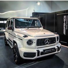 ✖️Stronger than time✖️ Mercedes G Wagon, Mercedes Benz G Class, Mercedes Benz Cars, Top Luxury Cars, Luxury Sports Cars, Luxury Suv, Bmw F30, Porche 911, Mercedez Benz